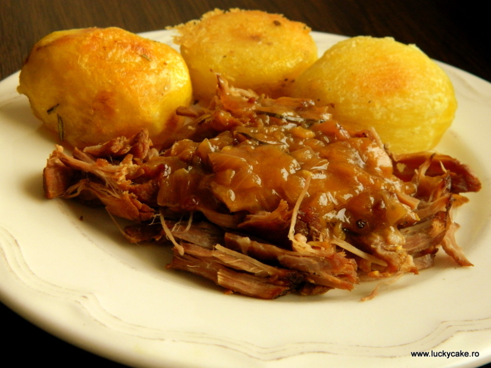 Vita la cuptor cu cartofi copti