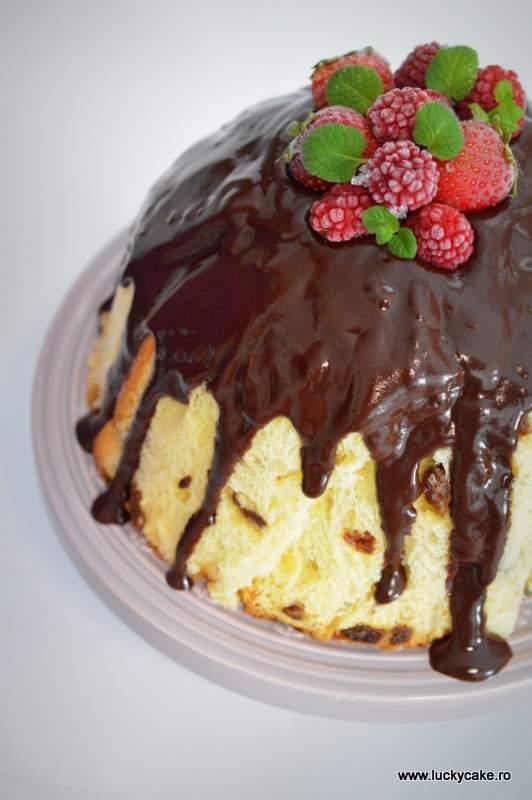 Tort Panettone