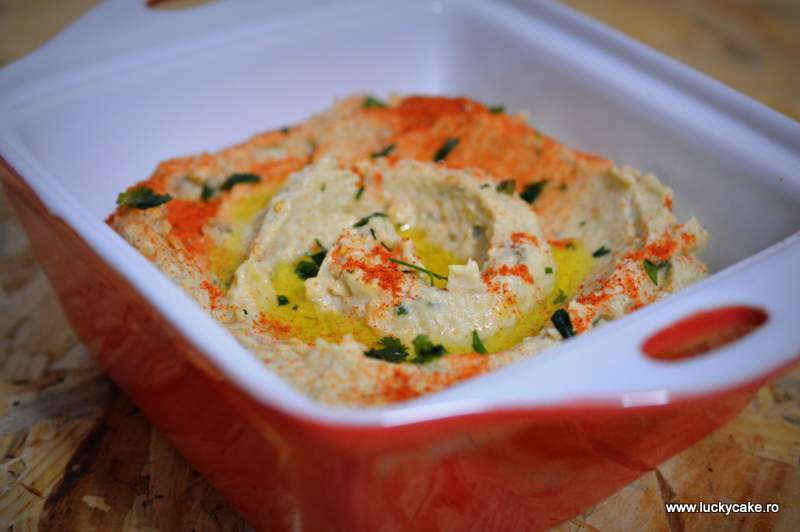 Salata de vinete cu hummus