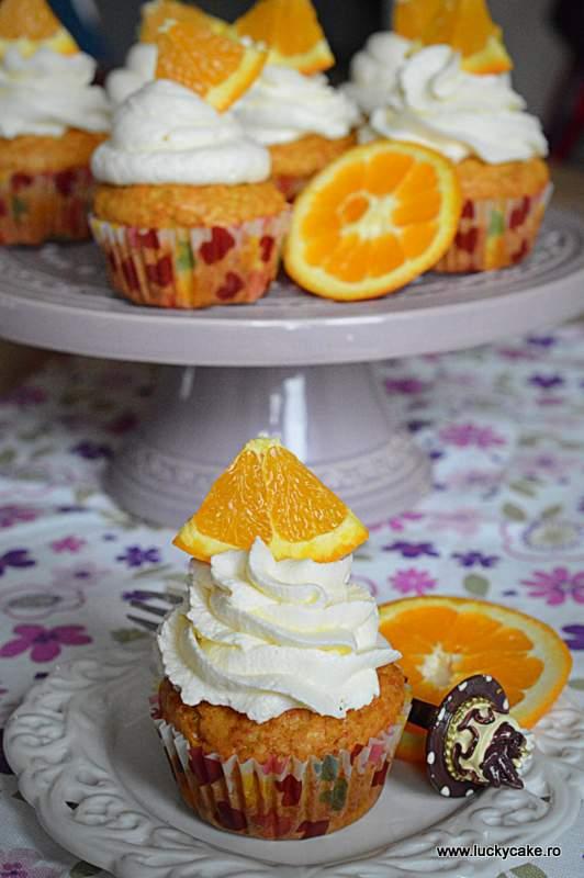 briose cu portocale