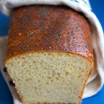 paine alba cu lapte