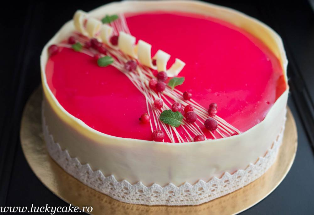 Tort Entremet Red Passion Lucky Cake